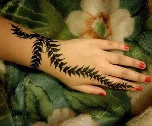 henna, tattoo, and mendhi image