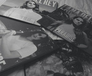 lana del rey, black and white, and grunge image