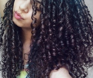 curly, curly hair, and cachos image