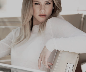 adorable, blonde, and betty cooper image
