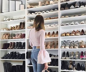 goals and heels image