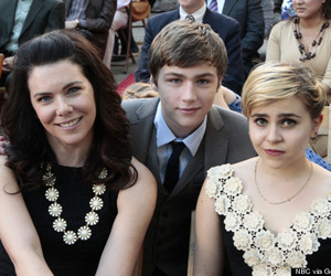 Lauren Graham, parenthood, and 13 reasons why image