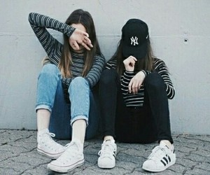 friendship, photograph, and outfits image