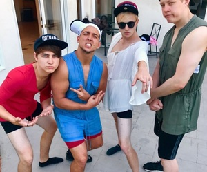 youtube, sam and colby, and aaron doh image