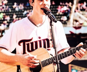 shawn peter raul mendes image