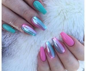 nails and unicorn image