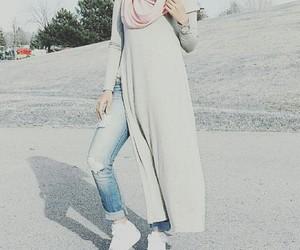grey, ootd, and hijabista image