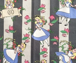 background, wallpaper, and alice image