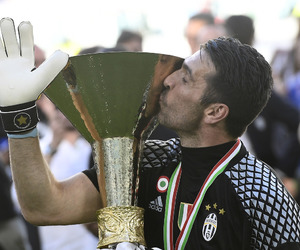 Juventus, buffon, and le6end image