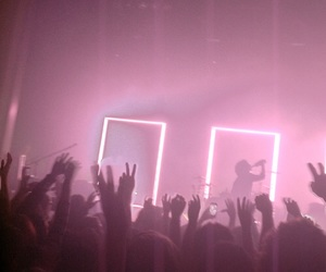 concert, grunge, and pink image