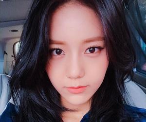 aöä, hyejeong, and kpop image