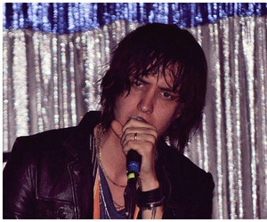 Jules, julian casablancas, and the strokes image