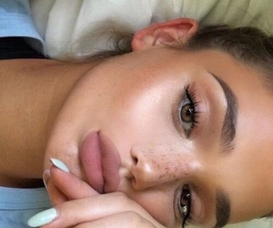 beauty, face, and freckles image