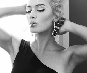 kate winslet, cigarette, and model image