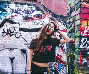 aesthetic, girl, and graffiti image