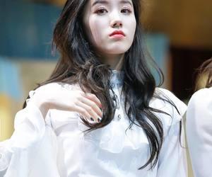 pristin, kpop, and siyeon image
