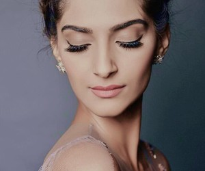 sonam kapoor, bollywood, and india image