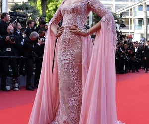 bollywood, sonam kapoor, and cannes 2017 image