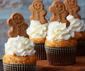 gingerbread, cupcake, and tea time image