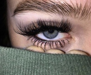 beauty and eyes image