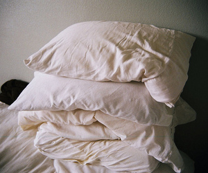 pillow, bed, and vintage image