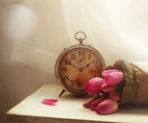 flores, vintage, and despertador image