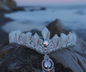 mermaid crown and shell crown image