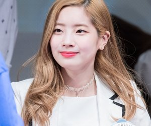 twice, fansign, and dahyun image