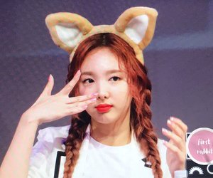 twice, fansign, and nayeon image