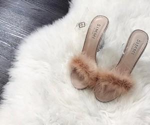 shoes, simmi, and xkayleyjonesxo image