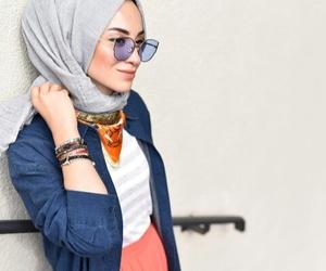 fashion, محجبات, and بُنَاتّ image