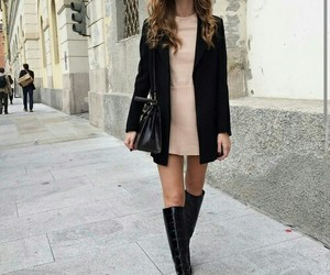 fashion, ‎chiara ferragni‬, and boots image