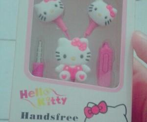 earphone, hello kitty, and kawaii image