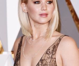 Jennifer Lawrence, oscars, and jlaw image
