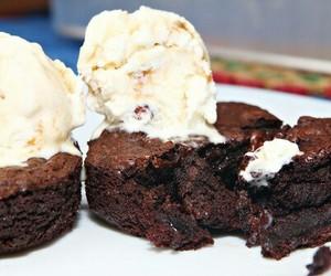 brownies, ice cream, and yummy image