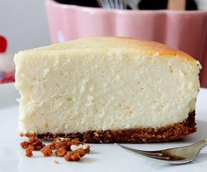 cheesecake, food, and yummy image