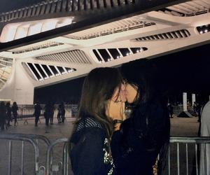 dark, grunge, and kiss image