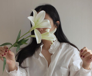 girl, aesthetic, and flowers image