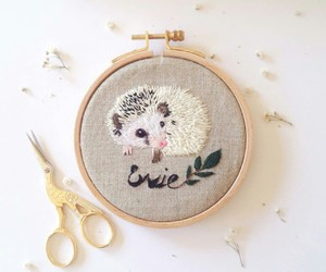 embroidery, hedgehog, and hedgie image