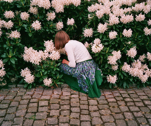 flowers, girl, and flores image