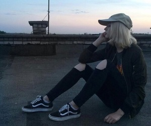 girl, grunge, and vans image