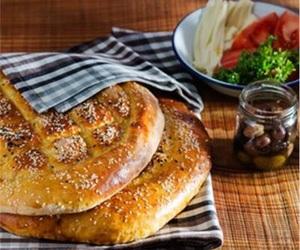 ramazan, pide, and turkish bread image
