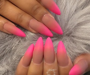 beauty, nails, and ombre image
