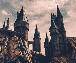 hogwarts and castle image