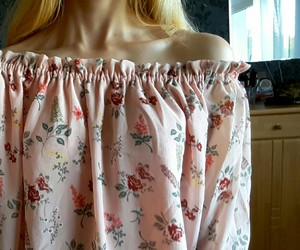 aesthetic, blonde, and blouse image
