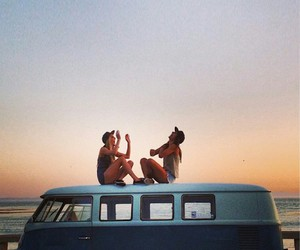 summer, friends, and beach image