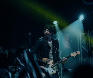 alex gaskarth, all time low, and alternative image