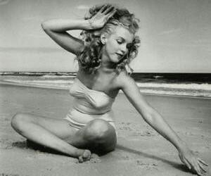 belleza, blanco y negro, and actriz image