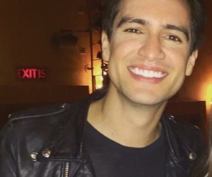 brendon urie, panic! at the disco, and lq image