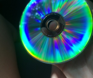 cd, reflejo, and luces image
